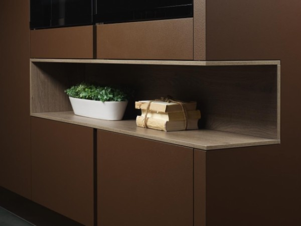 Einseitig offenes C12-Regal © ewe Küchen
