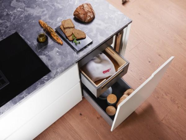 Brotelement © ewe Küchen