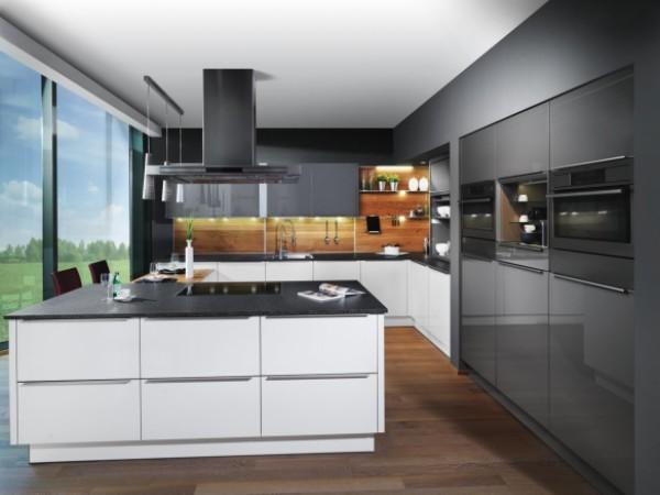 Weiße FM Küche Waldenfels © FM Küchen